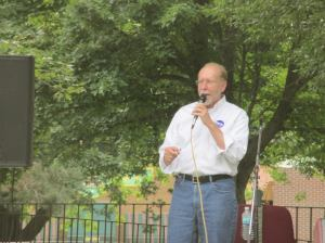 Congressman Loebsack speaks to local Democrats at Thursday Night in the Park event Aug. 13.